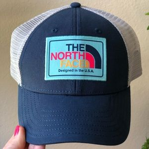 North Face Mudder Trucker hat- Rare color- NWT
